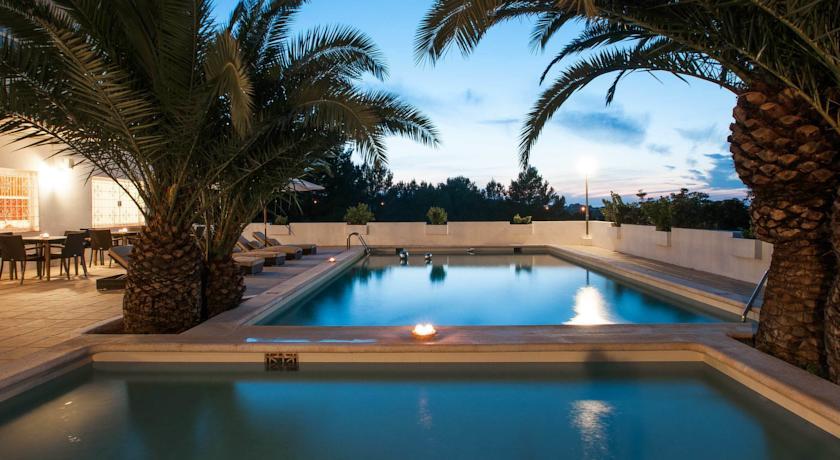 Apartamentos sunset oasis ibiza hoteles para adultos en ibiza - Apartamentos en ibiza ...
