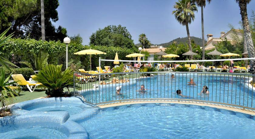 Hoteles adults only en mallorca p g 2 for Piscinas nudistas barcelona
