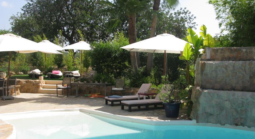 Terraza del Hotel para adultos en Ibiza Can Sastre