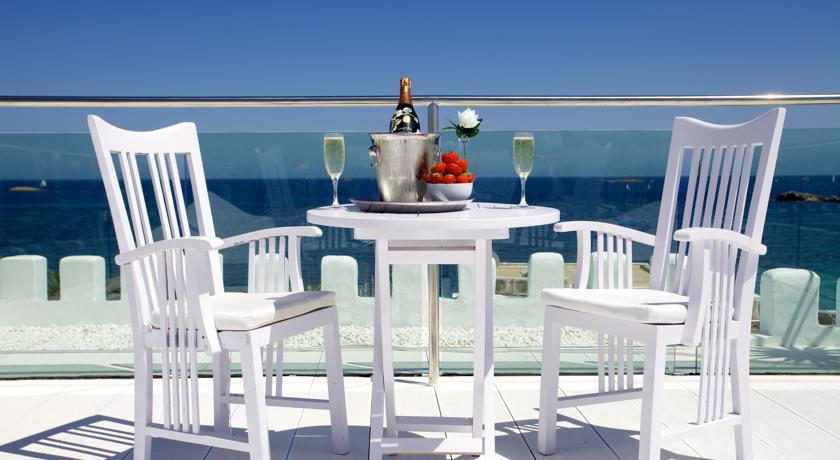 Vistas al mar desde el Hotel Es Vive en Ibiza