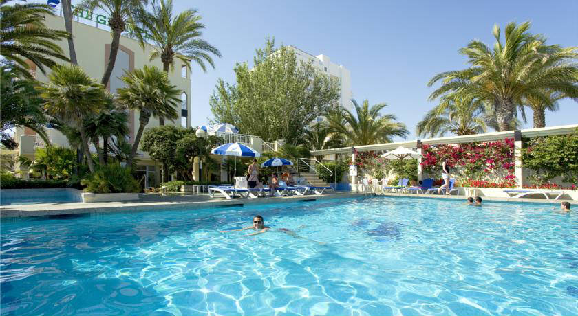 piscina del hotel Adults Only THB Gran Playa