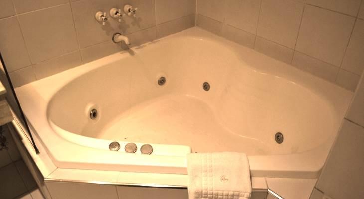 Hoteles con jacuzzi en la habitaci n en buenos aires - Habitacion con jacuzzi zaragoza ...