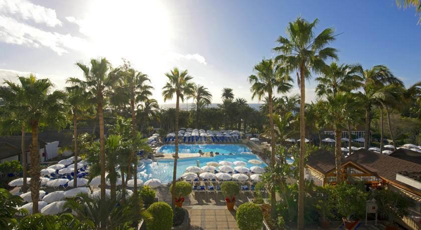 Hoteles para adultos en gran canaria for Piscinas nudistas barcelona