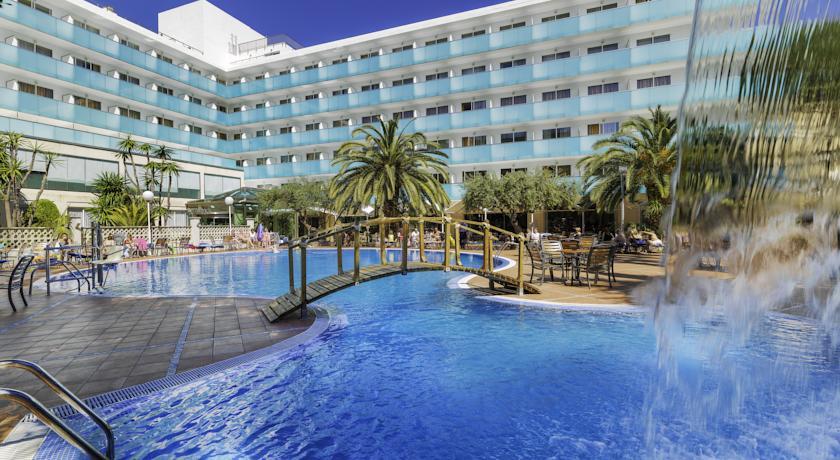 Hoteles solo para adultos en salou tarragona hoteles para for Piscina delfin madrid