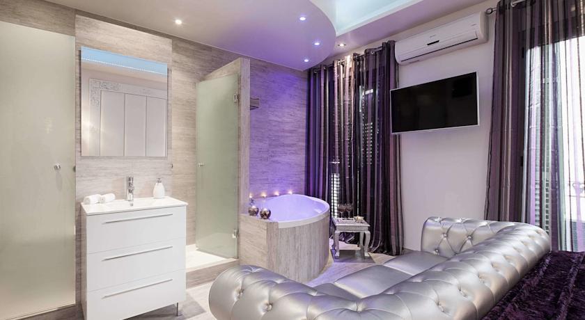 Hoteles para parejas en barcelona for Hoteles barcelona habitaciones cuadruples