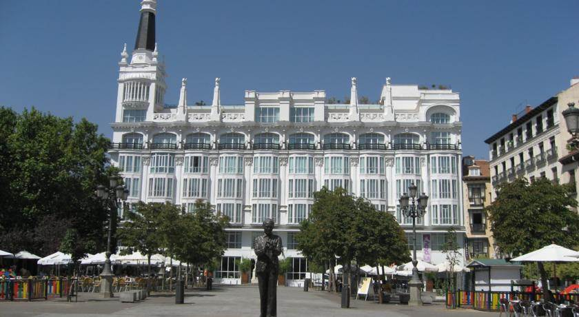 Hoteles para adultos en madrid for Hoteles vanguardistas en madrid