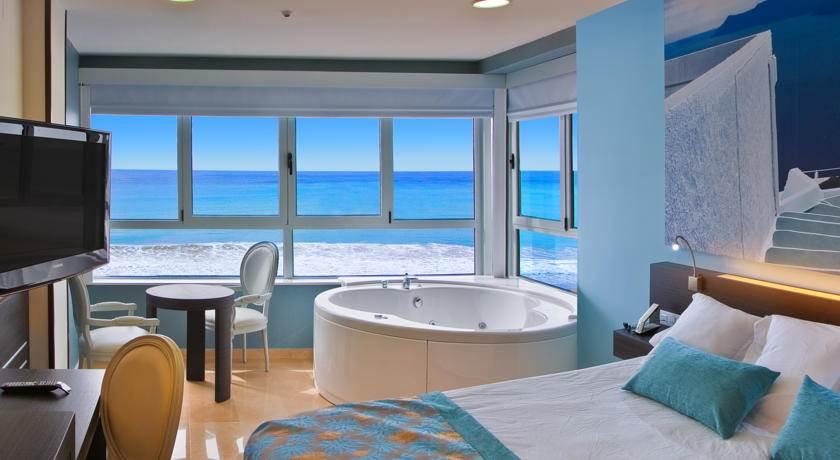 alicante hoteles frente al mar